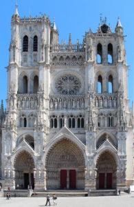 La Cathédrale Notre Dame d'Amiens<br /> Par Jean-Pol GRANDMONT — Travail personnel, CC BY 3.0, https://commons.wikimedia.org/w/index.php?curid=20453765