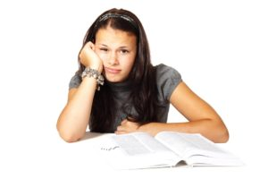 Soutien scolaire en anglais à Abbeville ou à distance pour les élèves en difficultés